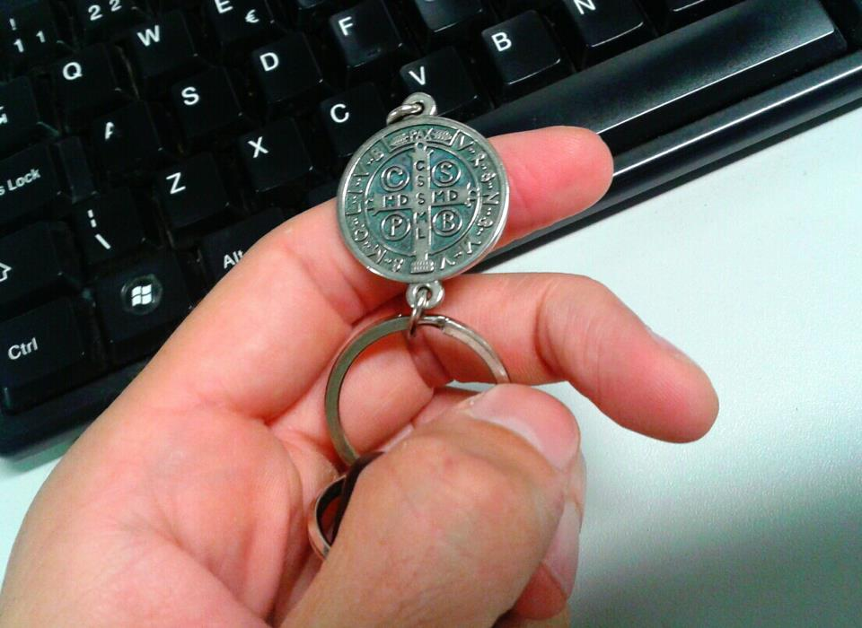 Medalha de São Bento e sua oração