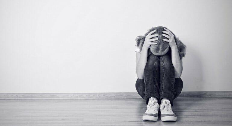 Depressão na Adolescência: Causas, Sintomas, Como Tratar...