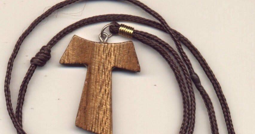 Tau - Cruz de São Francisco e o significado dos três nós